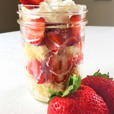 farmhouse, strawberry, shortcake, cake, spring, fun recipe, strawberry shortcake recipe, mason jar, half and half, sponge cake, Reddi Whip, farmhouse style, country living, simple living, simple recipe, cooking with strawberries, creative dessert