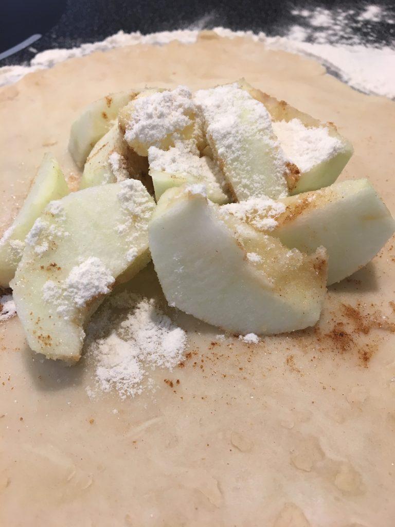 apple dumplings, apple pie, homemade pie, apple recipe, apples