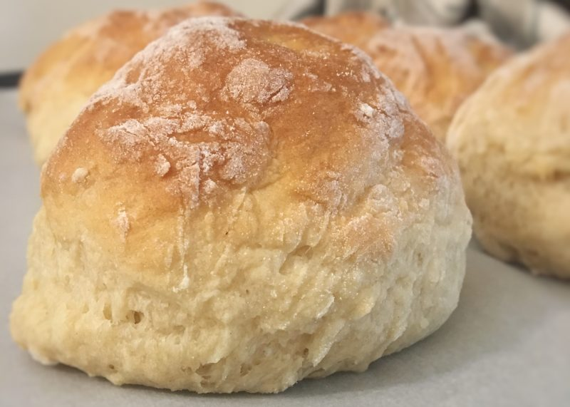 feather light dinner rolls, yeast rolls, quick and easy yeast rolls, holiday food, holiday table, dinner rolls, homemade bread, special meals