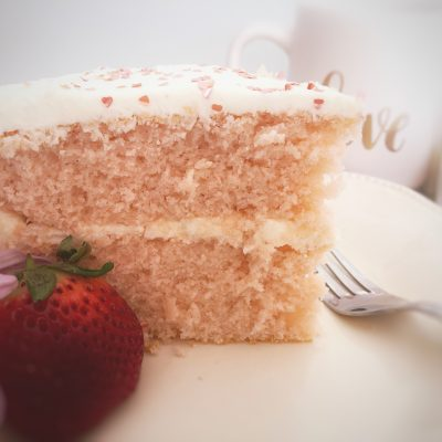 Make Pink Champagne Cake for Your Valentine!