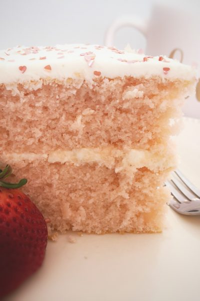 pink champagne, pink champagne cake, white chocolate, white chocolate frosting, champagne, cake, special cake, Valentine's Day, Valentine cake, birthday cake, special occasion cake