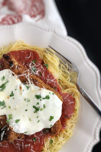 chicken parmesan, angel hair pasta, spaghetti sauce, spaghetti night, easy recipe, Panko breading, easy dinner
